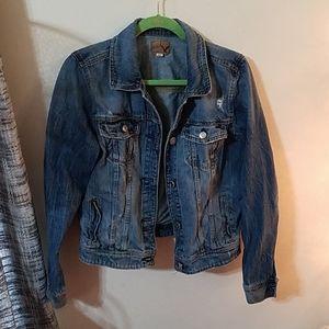 American Eagle vintage distressed jean jacket